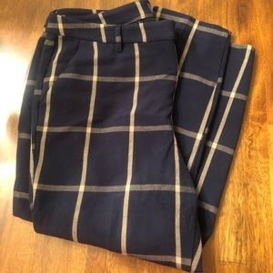 66fce9c3b9 Size 16 Old Navy plaid Harper cropped pant